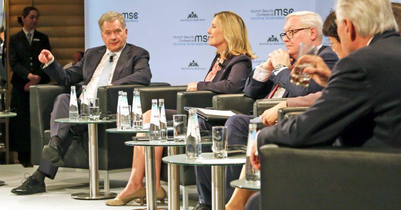Presidentti Niinistö osallistui asevalvontaa koskevaan paneelikeskusteluun Münchenin turvallisuuskonferenssissa.