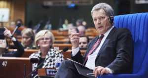 """Presidentti Sauli Niinistö Euroopan neuvoston täysistunnossa – """"Venäjän lähtö olisi menetys kaikille osapuolille"""""""