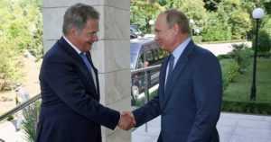 Venäjän presidentti työvierailulle Suomeen – Niinistö ja Putin keskustelevat Presidentinlinnassa