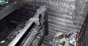 Kynttilät eivät kuulu kiukaalle eikä pyykin kuivatus saunaan – sähkökiukaasta alkaa vuosittain noin 120–150 tulipaloa