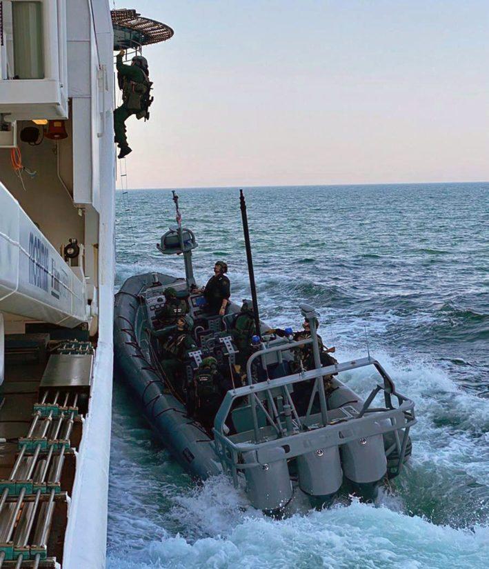 Harjoitusskenaariossa eteläisellä Itämerellä on tapahtunut matkustaja-aluksen kaappaus.