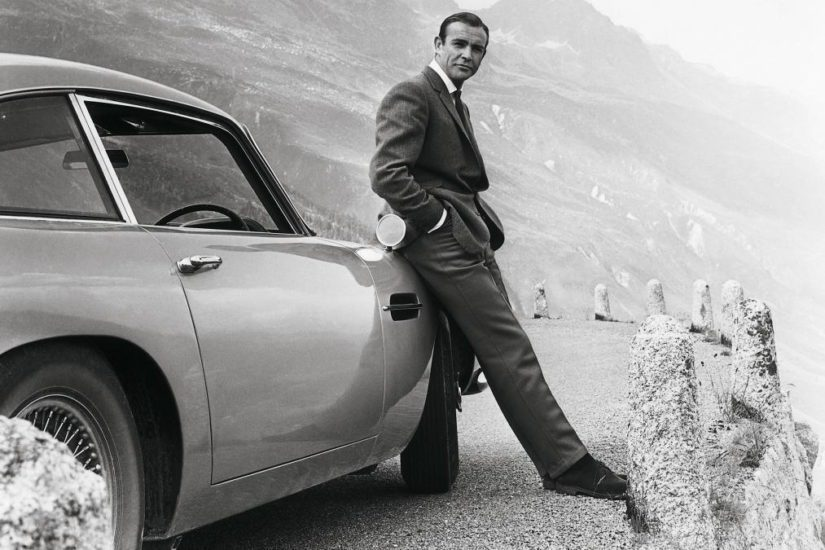 Monen mielestä James Bondin ainoa oikea auto on Aston Martin, ja ainoa oikea Bond Sean Connery.