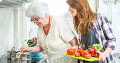 Seniorit ja ravinto – Mikä muuttuu ikääntyessä?