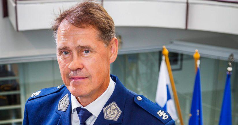 Poliisiylijohtaja Seppo Kolehmainen sanoo, että poliisin viestittyä somekanavia pitkin on häiriöalttiin tapahtuman järjestämisestä saatettu luopua kokonaan.