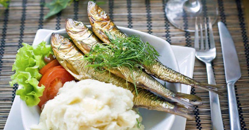 Kesän tullen ruuan valmistaminen ja ulkona syöminen lisääntyvät.