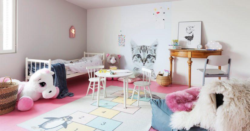 Sipe Santapukin suunnitteleman lastenhuoneen asukkaalle tärkeää oli kissa.