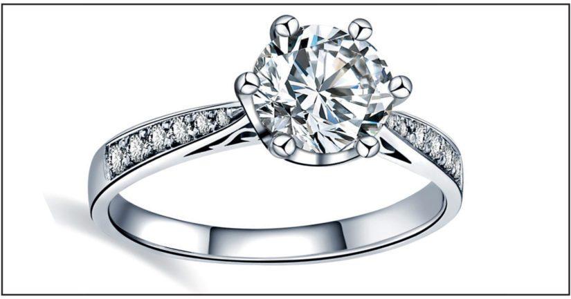 Hullujen päivien aikana asiakkaan kadottama 50 000 euron arvoinen timanttisormus löytyi.