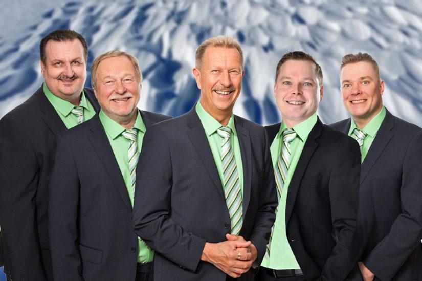 Vuoden 2017 alusta lähtien Souvarit ovat keikkailleet uudella kokoonpanolla. Lasse Hoikka, Jouni Ruokamo ja Mikko Keskimaunu ovat saaneet joukkoihinsa uutta vahvistusta Pauli Ruuskasesta sekä Pasi Alakurtista.