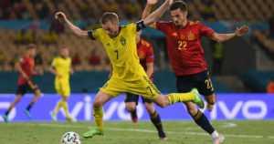 Ruotsi turhautti Espanjan – Puolalle paha shokki