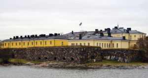 """Helsingin kaupunki saa jatkaa lumen kaatamista mereen – """"Yksilöityjä havaintoja jätteistä ei tullut ilmi"""""""