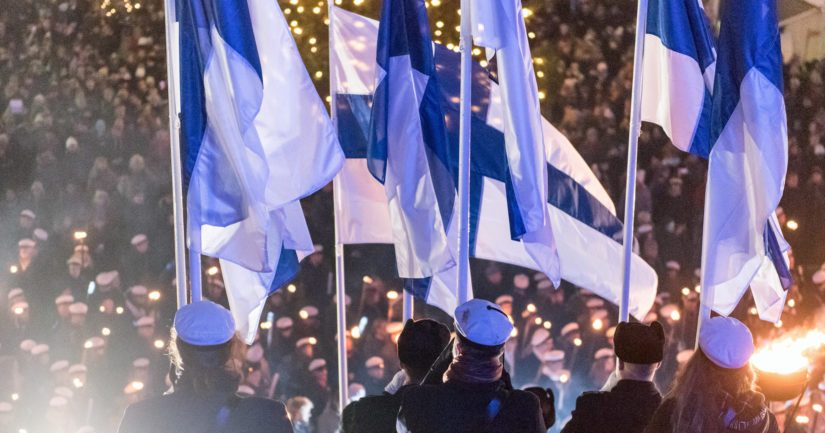 Tuttujen traditioiden rinnalle tuli monia yhdessätekemisen ja iloisen juhlan tapahtumia eri puolella Suomea.