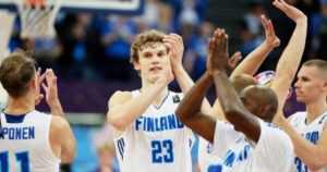Susijengi tekee paluun – koripallopoliittinen kukkotappelu kiusaa taas