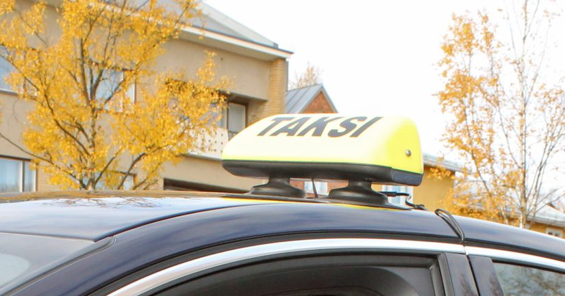 Luvattomat taksit vievät leivän lakeja noudattavien yrittäjien pöydästä.