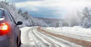 Pohjoisen lumi ja jää haastavat automaattiset ajoneuvot – jään peittämä tie vaikeuttaa paikannusta