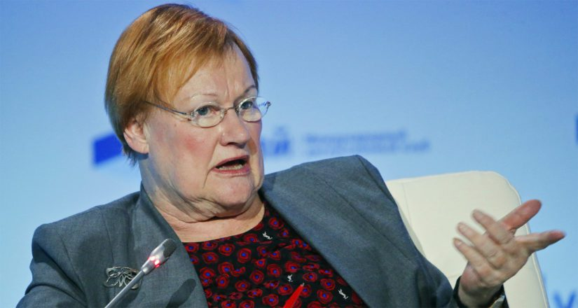 Tarja Halonen toimi Suomen ensimmäisenä naispuolisena valtionpäämiehenä.