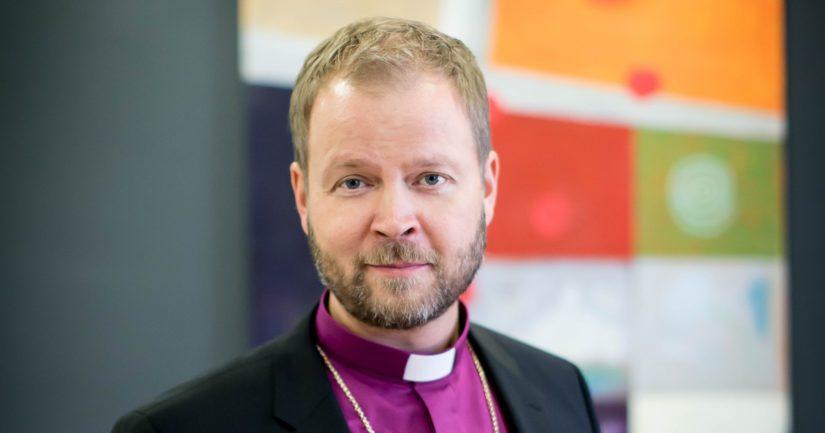 Helsingin piispa Teemu Laajasalolla on ollut aikaisemmin epäselvyyksiä talousasioissa.