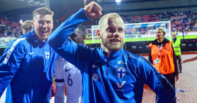 Teemu Pukki laukoo Norwichin lisäksi maaleja Suomen maajoukkueessa.