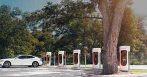 Lämmityspistorasiat ovat kohta sähköautojen lataustolppia