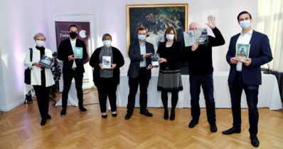 Miten sytytettäisiin kirjallisuuskeskustelua Finlandia-kilpailun ympärille?
