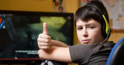 Hyviä uutisia nuorille – tietokonepelaaminen parantaa työmuistia!