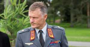 Presidentti teki päätöksen – kenraaliluutnantti Timo Kivinen puolustusvoimain komentajaksi