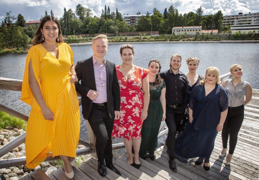 Finalistit Iris Candelaria, Aku Rantama, Sonja Herranen, Emma Mustaniemi, Olli-Tapio Tikkanen, Irina Nuutinen, Heta Sammalisto-Muhonen ja Elisaveta Rimkevitch.