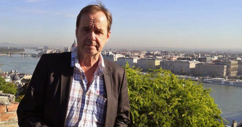 Yrittäjyys samoin kuin yhteiskunnallinen vaikuttaminen ovat olleet Timo Ropen kiinnostuksen kohteita.