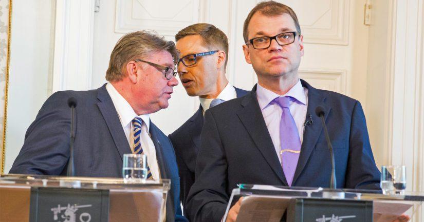 Näin poliitikoille jaetaan palkkiovirkoja Eurooppaan – suurlähettilään ja pankkiirin pestit halutuimpia