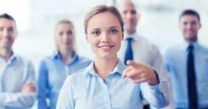 Pienten ja keskisuurten yritysten hallituksissa 25 prosenttia naisia – suuremmissa 32 prosenttia