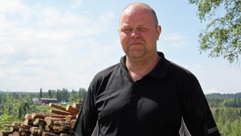 Toni Haapakoski pitää tärkeänä, että maatalousyrittäjä on avoin myös uudistuksille. – Ilman kehitystä ei ole myöskään tulevaisuutta, Toni tietää kertoa.