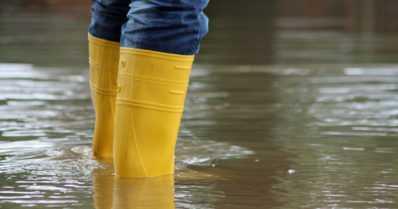 Tulvakeskus varoittaa – runsaat sateet saavat joet tulvimaan Etelä-Suomessa