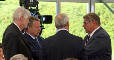 Presidentti näpäytti perussuomalaisia – onko Timo Soinin kohtalo jopa hallituskysymys?