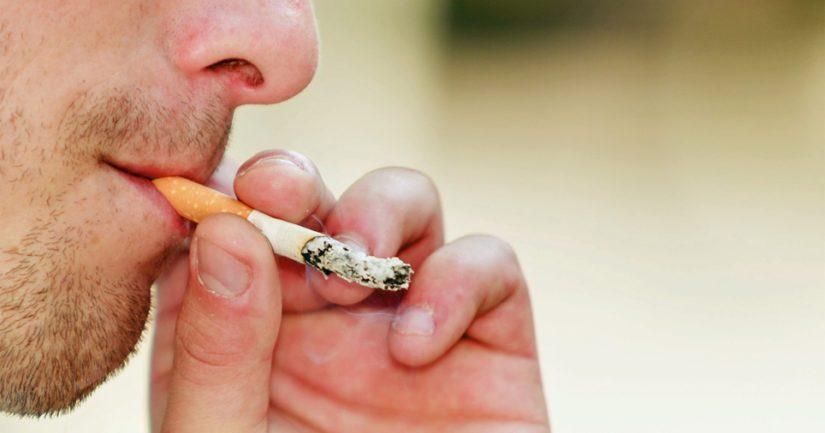 Tupakointi pienentää kolmekymmenvuotiailla miehillä elinajanodotetta 6,6 vuotta.