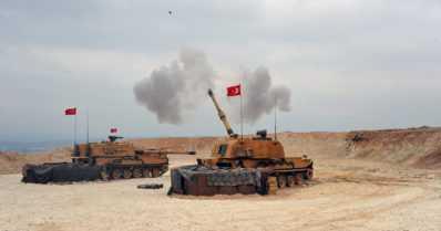 Turkin hyökkäys Syyrian kurdialueille aiheuttamassa pakolaisaallon – USA siirsi vaarallisimmat Isis-vangit