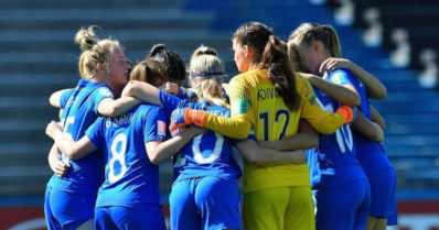 """U17-tyttöjen taival päättyy jalkapallon MM-kisoissa – """"Kopissa ei puhuttu yhtään mitään"""""""