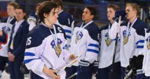 Pikkuleijonien kiri jäi kesken – Suomi sai jääkiekon MM-hopeaa