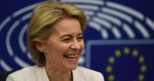 Ursula von der Leyen valittiin EU-komission puheenjohtajaksi – ensimmäinen nainen tehtävässä