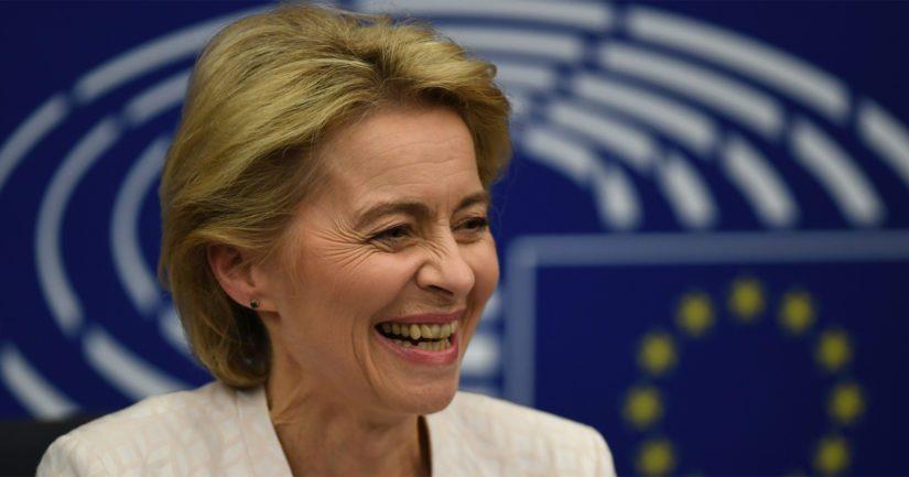 Saksalainen Ursula von der Leyen on ensimmäinen nainen EU-komission puheenjohtajana.