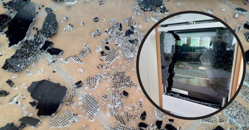 Lieden uunin uloimman lasin yllättävä räjähdys oli voimakkuudeltaan kova, sillä sirpaleita lensi ympäriinsä useamman metrin säteellä.