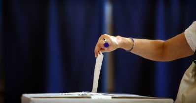 Kansanedustajaksi haluavan perustyyppi – töissä käyvä, 47-vuotias miespuolinen kunnanvaltuutettu