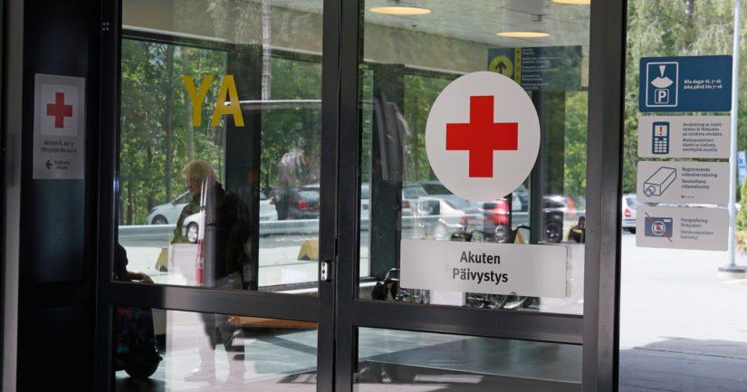 Varkaudesta epäilty nainen oli tapahtuma-aikaan saamassa hoitoa keskussairaalassa ja mies oli hänen seurassaan.
