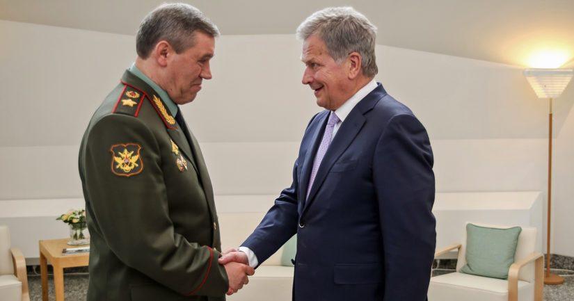 Presidentti Sauli Niinistö tapasi Venäjän asevoimien komentajan, armeijakenraali Valeri Gerasimovin Mäntyniemessä.