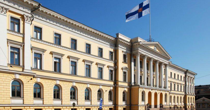 Valtioneuvoston linnan seinien sisällä on tänään päätetty miljoonaluokan menoista ja tuloista.
