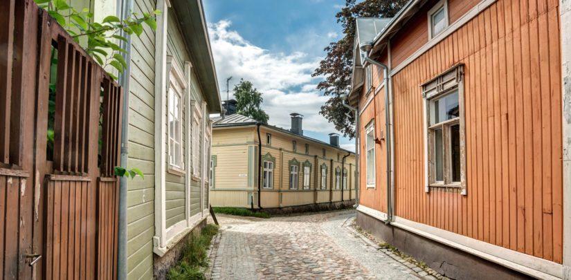 Suomen ensimmäiset maailmanperintökohteet Vanha Rauma ja suomenlinna ovat myös suosittuja turistinähtävyyksiä.