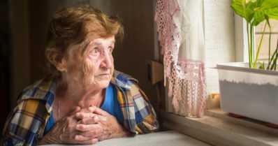 Joka kolmas yli 65-vuotias tuntee itsensä ajoittain yksinäiseksi