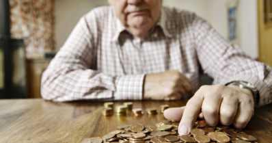 Joka kymmenes maksumuistutus lähetetään eläkeikäiselle