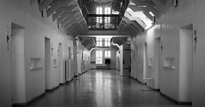Vankilassa tuomiotaan ovat kärsineet monet historian tunnetut rikollishahmot.