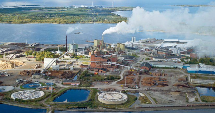 Kemin Veitsiluodon tehtaan kolmen paperikoneen vuotuinen tuotantokapasiteetti on yhteensä 790 000 tonnia.