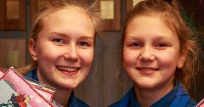 Wolferiina ja Myrmidia ovat supermyyjiä – joka vuosi yli kaksisataa partiolaisten adventtikalenteria