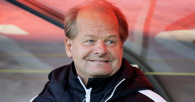 Antti Muurinen valmensi Suomen jalkapallomaajoukkuetta 2000-05